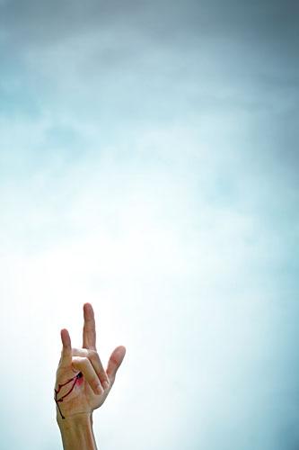 Handzeichen, Satansgruß, Mano cornuta, gehörnte Hand, Untreue, Aberglaube, ralf kopp - Dualsymbolik I 04
